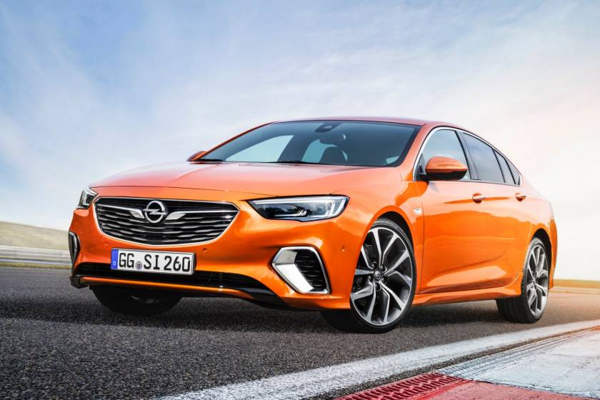 Το Opel Insignia στην επετειακή έκδοση «120 Edition» τόσο προσιτό όσο ποτέ. (photos & vid)