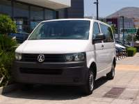 Volkswagen T5 TRANSPORTER SHORTBASE 9-SEATS