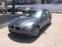 Bmw 318 5 years Service Inclusive